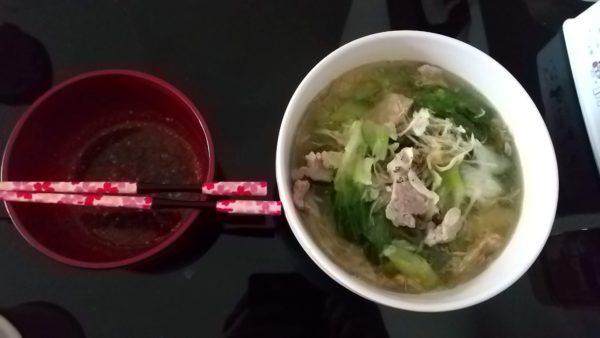 レタスと豚肉なべ